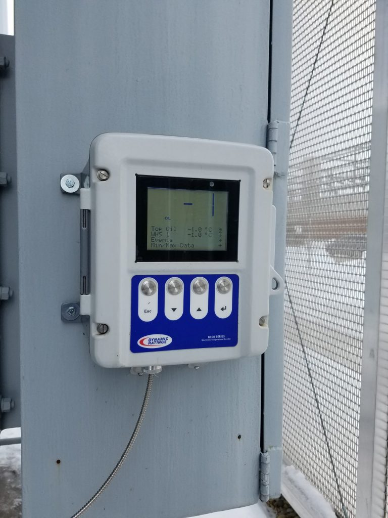 B100 Electronic Temperature Monitor in -1 degree weather